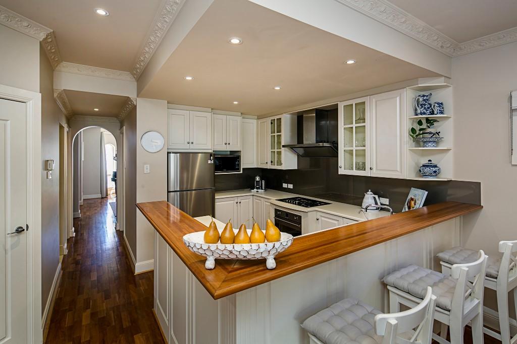 6 kitchen 2